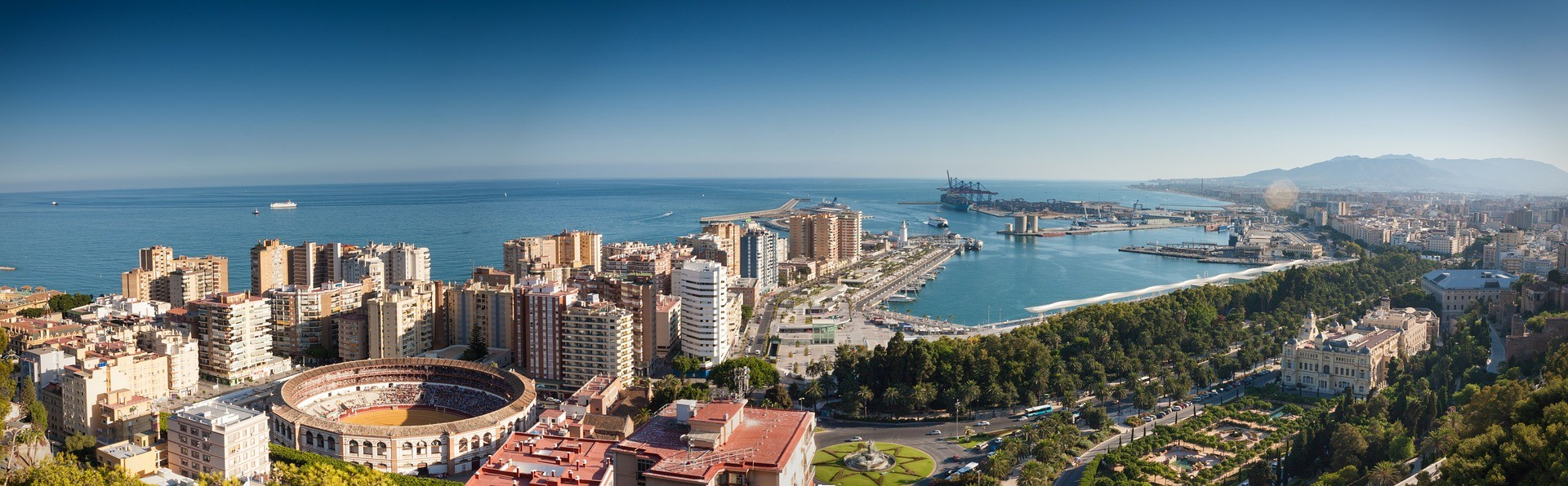 How to reach Malaga Airport